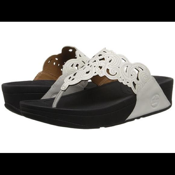 67f54e055ef FitFlop Flora Sandals